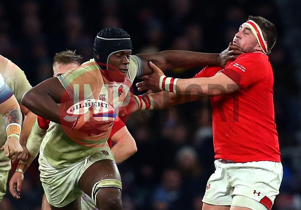 Maro Itoje of England hands off Wyn Jones of Wales - Mandatory by-line: Robbie Stephenson/JMP - 10/02/2018 - RUGBY - Twickenham Stoop - London, England - England v Wales - Women's Six Nations