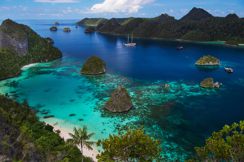 Karst landscapes in Raja Ampat, Western Papua, from the book PAPUA - AMONG BIRDS OF PARADISE AND MANTA RAYS