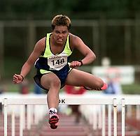 Friidrett. Jon Gerald Nielsen fra Kristiansand ble nummer to på 100 meter hekk under ungdomsmesterskapet i Florø 1999. Foto: Digitalsport.