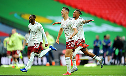 Arsenal players celebrate Pierre-Emerick Aubameyang of Arsenal's penalty after winning the FA Community Shield against Liverpool  - Mandatory by-line: Nizaam Jones/JMP - 29/08/2020 - FOOTBALL - Wembley Stadium - London, England - Arsenal v Liverpool - FA Community Shield