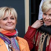 """NLD/Alkmaar/20180518 - Perspresentatie """"Nederland staat op tegen kanker"""" officiele start, Caroline Tensen en Anita Witzier"""