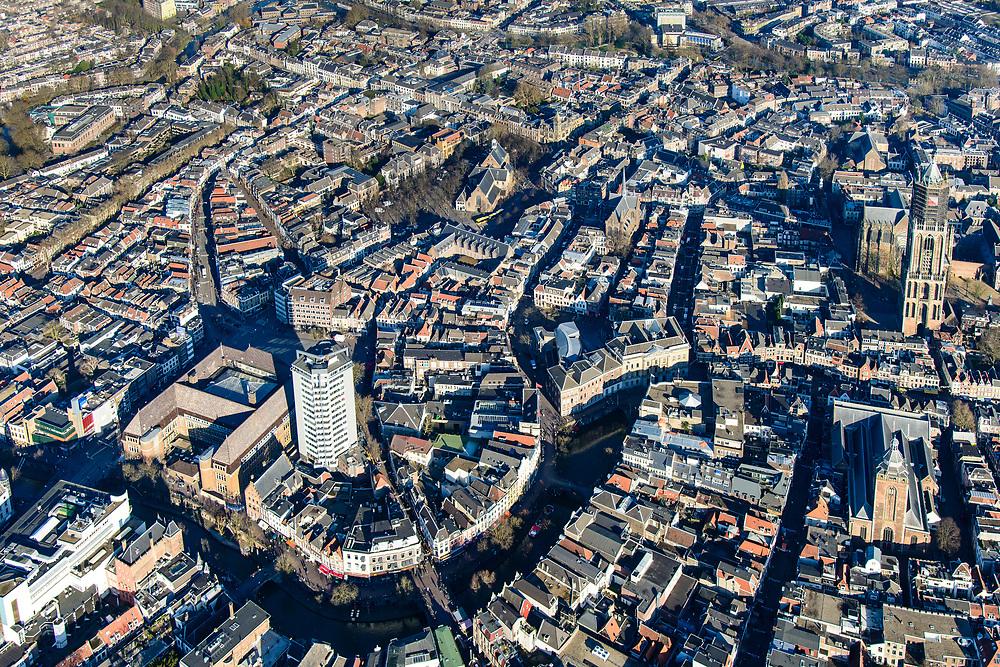 Nederland, Utrecht, Utrecht, 07-02-2018; Binnenstad Utrecht, Neude met Neudeflat (architect Maaskant), voormalig hoofdpostkantoor, Oude gracht, Stadhuis, Dom.<br /> City centre Utrecht.<br /> <br /> luchtfoto (toeslag op standard tarieven);<br /> aerial photo (additional fee required);<br /> copyright foto/photo Siebe Swart