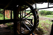 Sao Goncalo do Rio Preto_MG, Brasil...Circuito Estrada Real, Parque Estadual do Rio Preto. Na foto um engenho de cana...The circuit Estrada Real (Real Road), in this photo the Rio Preto State Park. In this photo the water mill that water wheel...Foto: LEO DRUMOND / NITRO