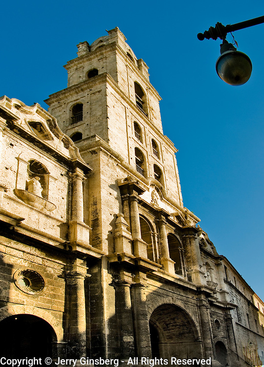 Plaza de San Francisco - St. Francis in Old Havana, Habana Vieja, Cuba.