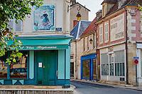 France, Cher (18), Berry, Saint-Amand-Montrond, place du marché, route Jacques Coeur // France, Cher (18), Berry, Saint-Amand-Montrond, square of the market,  the Jacques Coeur road