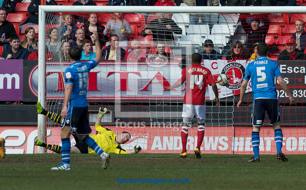 Picture by Alan Stanford/Focus Images Ltd +44 7915 056117.06/04/2013.Goalkeeper Patrick Kenny of Leeds United cannot stop Johnnie Jackson (out of shot) from scoring during the npower Championship match at The Valley, London.
