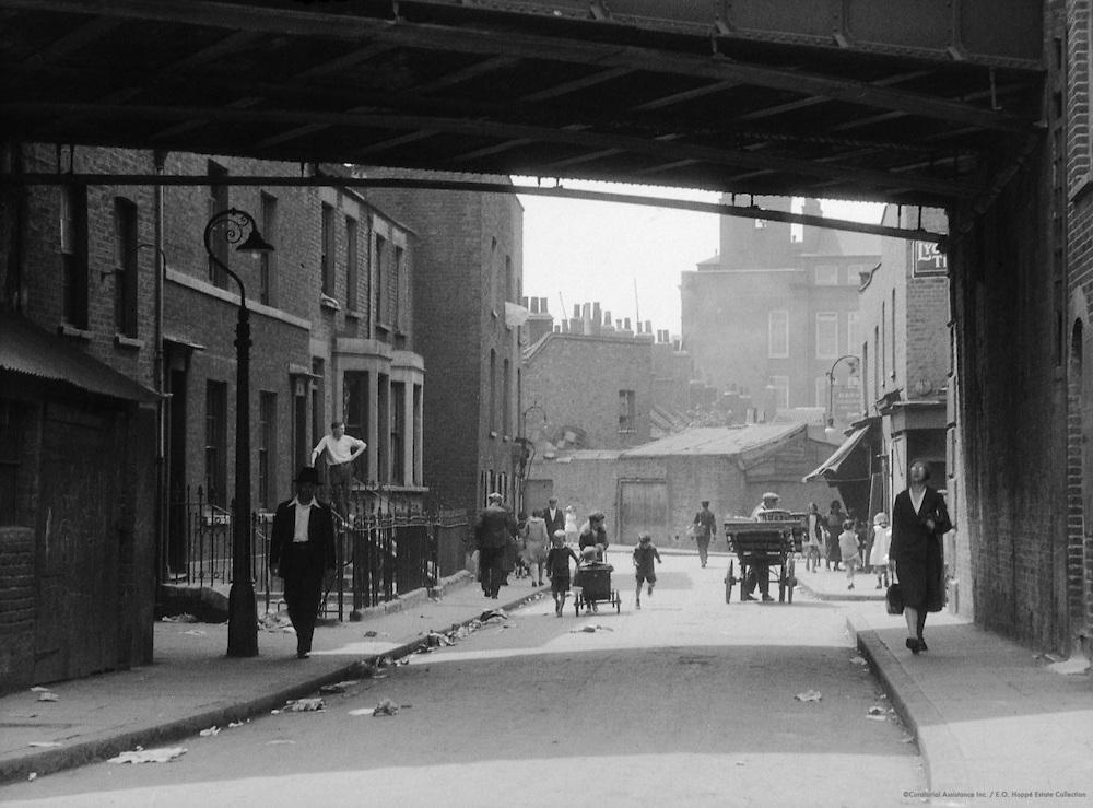 Chinatown, Limehouse Causeway, London, 1933