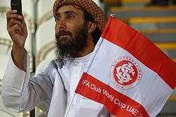 Torcida colorada no Mohammed Bin Zayed Stadium. O Internacional participa de 8 a 18 de dezembro do Mundial de Clubes da FIFA, em Abu Dhabi. FOTO: Jefferson Bernardes/Preview.com