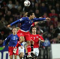 Fotball , 08. oktober 2005 , VM-kvalifisering , Norge - Moldova 1-0<br /> Norway - Moldova<br /> Serghei Covalciuc Moldova