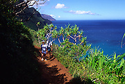 Hiking, Kalalau trail, Napali Coast, Kauai, Hawaii<br />