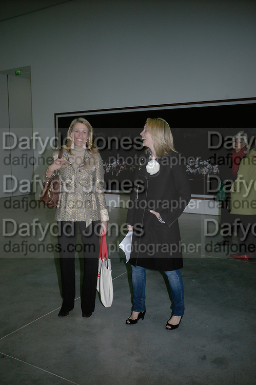 Charlotte Artus and Elizabeth Griffith, Andreas Gursky, White Cube, Mason's Yard. London. 22 March 2007.   -DO NOT ARCHIVE-© Copyright Photograph by Dafydd Jones. 248 Clapham Rd. London SW9 0PZ. Tel 0207 820 0771. www.dafjones.com.