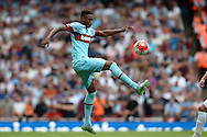 Reece Oxford of West Ham United in action. Barclays Premier League, Arsenal v West Ham Utd at the Emirates Stadium in London on Sunday 9th August 2015.<br /> pic by John Patrick Fletcher, Andrew Orchard sports photography.