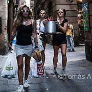 Pot full of beers. Ciutat Vella district.