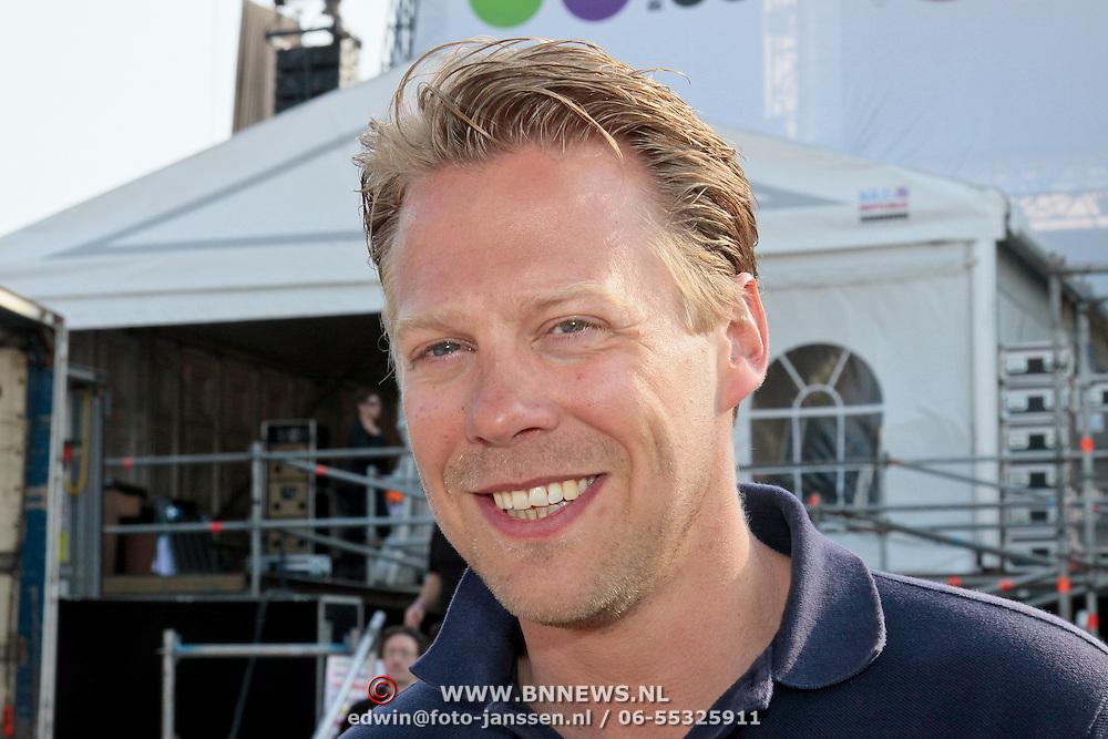 NLD/Amsterdam/20110430 - Koninginnedagconcert Radio 538, ............