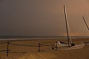 Het strand van Scheveningen bij maanlicht