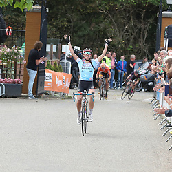 04-09-2016: Wielrennen: Ladies Tour: Valkenburg<br /> VALKENBURG (NED) wielrennen   <br /> Kasia Niewiadoma heeft na de derde ook de zesde van de Boels Rental Ladies Tour gewonnen. De eindzege ging naar Chantal Blaak.