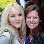 NLD/Amsterdam/20110904 - Grazia PC Catwalk 2011, Lotje Lief en vriendin