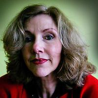 """Nederland. Amsterdam.21 februari 2004..Marieke van de Pol, scenarioschrijfster van o.a. de speelfilm """"de Tweeling""""."""