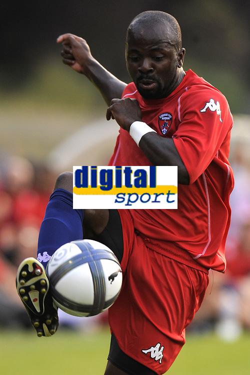 FOOTBALL - FRIENDLY GAMES 2010/2011 - SAINT ETIENNE v CLERMONT FOOT - 09/07/2010 - PHOTO JEAN MARIE HERVIO / DPPI - CEDRIC LUBASA (CLE)