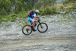 13-09-2017 FRA: BvdGF Tour du Mont Blanc day 4, Trient<br /> Van Chamonix naar Trient. <br /> Elias
