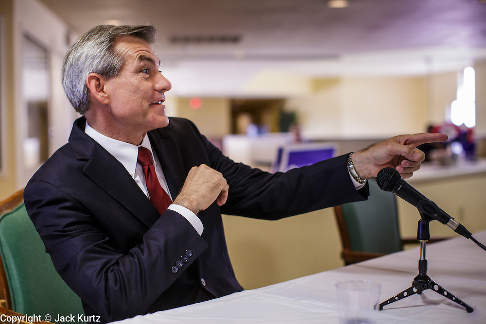 09 AUGUST 2012 - SCOTTSDALE, AZ:   Congressman DAVID SCHWEIKERT (R-AZ) speaks during a candidate forum at an assisted living facility in Scottsdale, AZ, Thursday. Republican Congressmen Ben Quayle and David Schweikert are facing each other in Arizona's Aug. 28 Republican primary. They are vying for the right to represent Arizona's 6th Congressional District. Both men are incumbent freshmen Congressmen. They were thrown into the same district during the redistricting process after the 2010 census. Both men are conservatives courting the Tea Party vote.   PHOTO BY JACK KURTZ