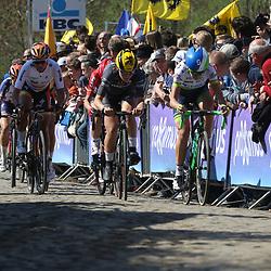 03-04-2016: Wielrennen: Ronde van Vlaanderen vrouwen: Oudenaarde  <br />OUDENAARDE (BEL) cycling  <br />The sixth race in the UCI Womensworldtour is the ronde van Vlaanderen. A race over the famous Flemish climbs. Annemiek van VLeuten, Elisa Longo Borghini, Chantal Blaak