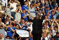 Photo. Andrew Unwin, Digitalsport<br /> NORWAY ONLY<br /> <br /> Chelsea v Leeds United. FA Barclaycard Premiership. 15/05/2004.<br /> An emotional last match for Claudio Ranieri