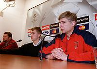 Arsenal manager Arsene Wenger at the pre match press conference for the Champions league match against Shakhtar Donetsk. Donetsk, Ukraine, 6/11/2000. Credit Colorsport / Stuart MacFarlane.