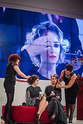 """Show """"Divas Retrô"""" da Intercoiffure Brasil por Mano Escobar e Maurício Pina na Hair Brasil - 13ª Feira Internacional de Beleza, Cabelos e Estética, que acontece de 12 a 15 de abril de 2014 das 10h às 20 horas nos Pavilhões do Expo Center Norte. FOTO: Jefferson Bernardes/ Agência Preview"""