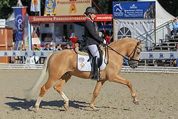 , Warendorf - Bundeschampionate 29.08. - 02.09.2012, Golden State 2 - Hartmann-Stommel, Wibke - Championatssieger