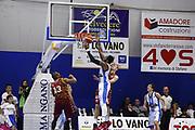 DESCRIZIONE : TRAPANI Lega A 2015-16 Betaland Capo d Orlando Umana Venezia  <br /> GIOCATORE :  Alex Oriakhi<br /> CATEGORIA :  Controcampo Rimbalzo<br /> SQUADRA : Betaland Orlandina Basket <br /> EVENTO : Campionato Lega A 2015-2016 <br /> GARA : Betaland Orlandina UPEA Basket Umana Venezia <br /> DATA : 24/01/2016<br /> SPORT : Pallacanestro <br /> AUTORE : Agenzia Ciamillo-Castoria/G. Pappalardo <br /> Galleria : Lega Basket A 2015-2016 <br /> Fotonotizia : Capo dOrlando Lega A 2015-16 Betaland Capo d Orlando Umana Venezia