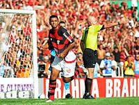 20091206: RIO DE JANEIRO, BRAZIL - Flamengo vs Gremio: Brazilian League 2009 - Flamengo won 2-1 and celebrated the 6th Brazilian Championship of its history. In picture: David (Flamengo) celebrating goal. PHOTO: Andre Durao/CITYFILES