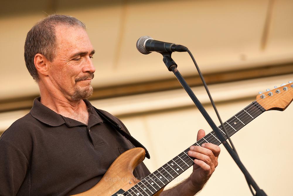 Gary Talley with the Box-Tops at Deerpath Park, Readington Township, NJ 8/6/2009.