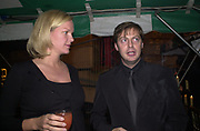 ELIZABETH MURDOCH, MATTHEW FREUD, Yoo party. Hall Rd. London NW8. 28 September 2000. © Copyright Photograph by Dafydd Jones 66 Stockwell Park Rd. London SW9 0DA Tel 020 7733 0108 www.dafjones.com