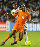 fotball<br /> Didier Drogba (Cote d Ivoire) contre Seydou Keita (Mali)  -  Cote d Ivoire / Mali - Coupe d Afrique des Nations - DemiFinale - 08.02.2012 - <br /> Norway only