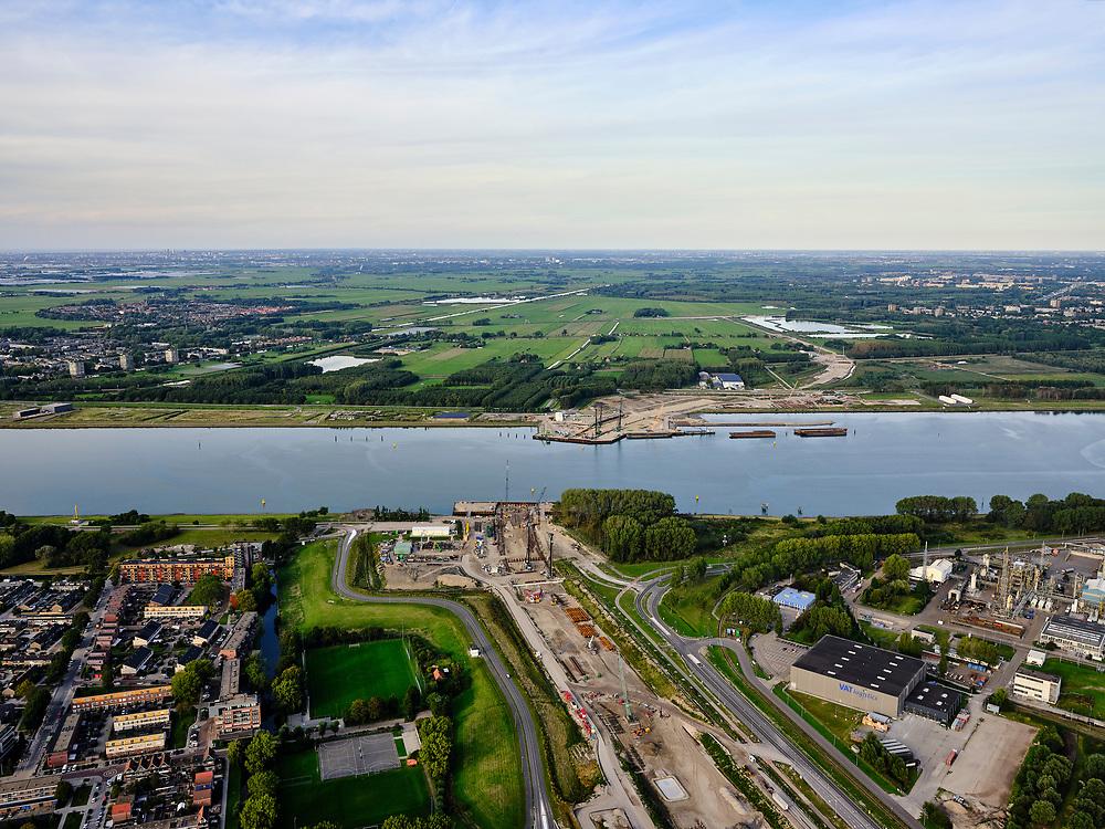 Nederland, Zuid-Holland, Rotterdam, 14-09-2019; Rozenburg, zicht op trace van de toekomstige Blankenburgverbinding, Rijksweg 24 (A24). Onder het water van het Scheur komt de Maasdeltatunnel(voorheen bekend als Blankenburgtunnel).<br /> View of the route of the future Blankenburg connection, Rijksweg 24 (A24). The Maas Delta tunnel (formerly known as the Blankenburg tunnel) is being build under the water of the Scheur.<br /> <br /> luchtfoto (toeslag op standard tarieven);<br /> aerial photo (additional fee required);<br /> copyright foto/photo Siebe Swart