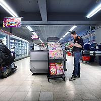 Nederland, Amsterdam , 19 februari 2013..Supermarkt C-1000 op het Buikslotermeerplein vlak voor de transformatie naar supermarkt keten Jumbo..Foto:Jean-Pierre Jans