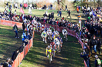 ILLUSTRATION DEPART COURSE HOMMES ELITE -  - 11.01.2015 - Cyclo cross - Championnats de France Femmes - Pontchateau<br /> Photo : Vincent Michel / Icon Sport