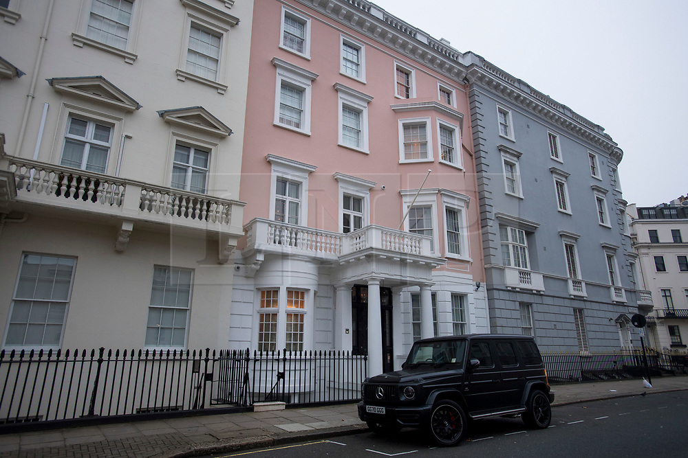 © Licensed to London News Pictures. 30/11/2020. London, UK. A Belgravia mansion (centre) owned by Arcadia Group chairman Philip Green and his wife Tina, which is reportedly up for sale. Arcadia Group, the parent company of retail outlets Top Shop, Burton, Dorothy Perkins, Evans and Miss Selfridge, is close to going in to administration, putting putting 13,000 jobs at risk, following the economic affects of coronavirus lockdown. Photo credit: Ben Cawthra/LNP