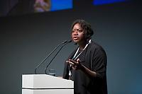 """DEU, Deutschland, Germany, Berlin, 25.11.2019: Fatoumata Bâ, Unternehmerin und Tech-Pionierin aus dem Senegal, beim Internet Governance Forum (IGF) der UN im Hotel Estrel. Das IGF steht unter dem Motto """"One World. One Net. One Vision."""" und zielt darauf ab, das globale und freie Internet zu erhalten."""