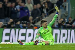 February 24, 2019 - London, England, United Kingdom - Kepa Arrizabalaga of Chelsea calling for help to the bench during the Carabao Cup match between Chelsea and Manchester City at Wembley Stadium, London on Sunday 24th February 2019. (Credit Image: © Mi News/NurPhoto via ZUMA Press)