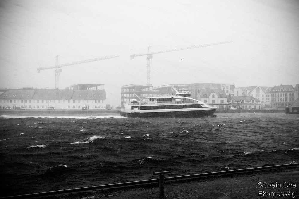Uværet Ole i Ålesund.<br /> Foto: Svein Ove Ekornesvåg