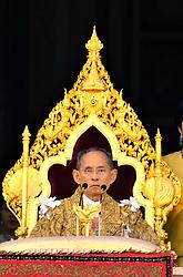 King Bhumibol, Queen Sirikhit and the Crown Prince Maha Vajiralongkorn appear on the balcony of the Chakri Mahaprasart Throne Hall inside the Grand Palace during the celebration of the King's 80th birthday in Bangkok, Thailand, on December 5, 2007. Photo by Patrick Durand/ABACAPRESS.COM  | 139169_12 Bangkok Thaïlande Thailand