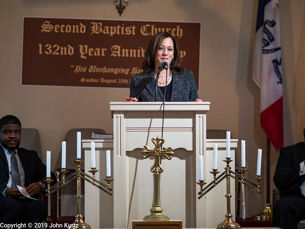 10 NOVEMBER 2019 - FT. DODGE, IOWA: US Senator KAMALA HARRIS (D-CA) shared thoughts from the Bible during services at 2nd Baptist Church Sunday.  Sen. Harris taught a biblical lesson at 2nd Baptist Church in Ft. Dodge as a part of her campaign to be the Democratic nominee for the US presidency in 2020. Iowa traditionally holds the first selection of the presidential election cycle. The Iowa caucuses are Feb. 3, 2020.        PHOTO BY JACK KURTZ