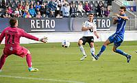 Fotball Menn Tippeligaen Rosenborg - Sarpsborg 08<br /> Lerkendal Stadion, Trondheim<br /> 9 juli 2016<br /> <br /> Elbasan Rashani (midten) scorer 5-2 for Rosenborg. Sarpsborg 08's kaptein Ole Heieren Hansen (H) og keeper Anders Kristiansen (V) kan lite gjøre<br /> <br /> <br /> Foto : Arve Johnsen, Digitalsport