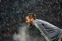 10 December 2017 -  Premier League - Manchester United v Manchester City - David De Gea of Manchester United in the snow during the warm up - Photo: Marc Atkins/Offside