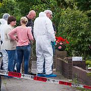 NLD/Huizen/20130702 - Dodelijk overschot gevonden in woning Hooiweg Huizen, oorzaak onbekend op dit moment,
