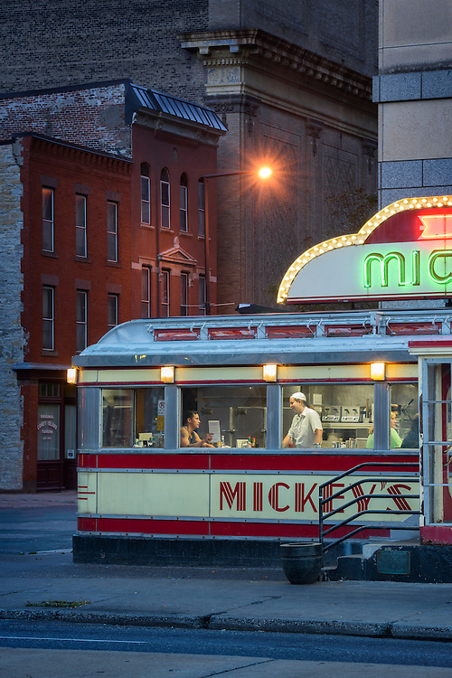 USA,Midwest, Minnesota, St.Paul, Mickey's Diner, American Dreamscapes / Mickey's Diner