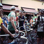 Before the start, 1400 took part to the race, 20 % from abroad and 15 % women. On May 27, 2018 the second edition od the Eroica went of, the Eroica is a bicycle race where only bikes berore 1985 can partecipate. Cyclists must wear vintage cloths and the road are often on gravel. It's a non competitive race, but fatigue and sweat are real. Federico Scoppa