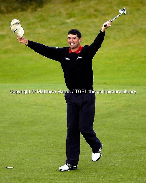 Padraig HARRINGTON (IRE) during the play off at the British Open Championship, 22nd July 2007. Winning putt at the 18th of play off.